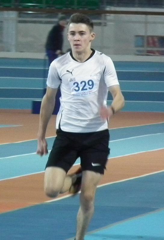 Чирков Юра победитель на дистинции 60 м с барьерами
