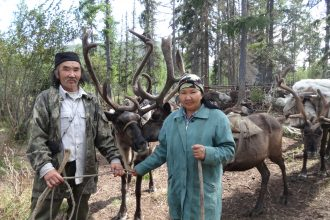 Супруги евгения и Владимир Сидоровы