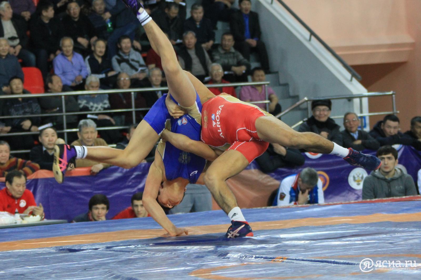 В Якутске сборная России выиграла Кубок мира по вольной борьбе впервые за восемь лет